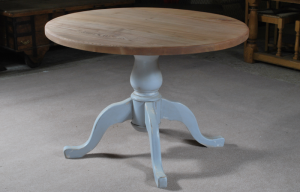 round distressed oak table 1